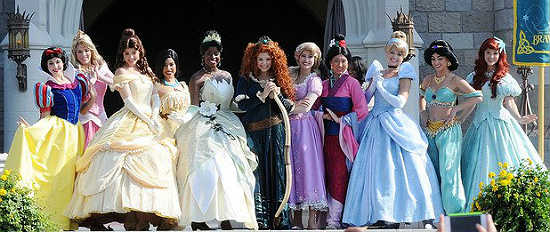 Out and about walt disney world makes brave 39 s merida a - Princesse de walt disney ...