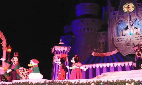 Cinderella's Holiday Wish, Magic Kingdom
