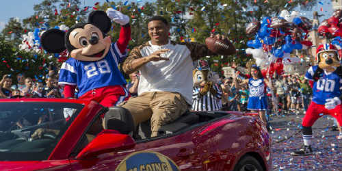 Seattle Seahawk Malcolm Smith made good on his promise to visit Walt Disney World