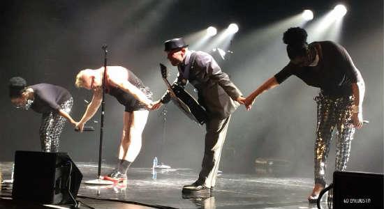 Erasure takes a bow at House of Blues Orlando - photo by Christina Thomas