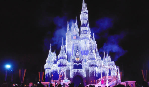 A Frozen Holiday Wish at Magic Kingdom