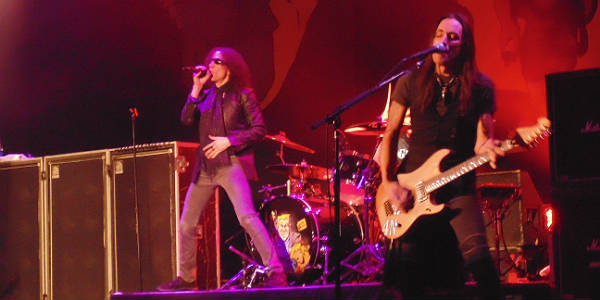 Extreme at House of Blues Orlando Apr 15, 2015 - Gary Cherone and Nuno Bettencourt