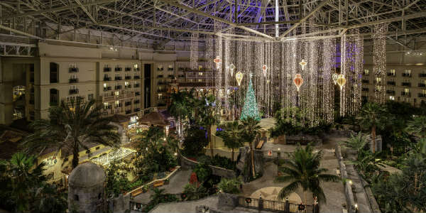 Christmas at Gaylord Palms - Atrium