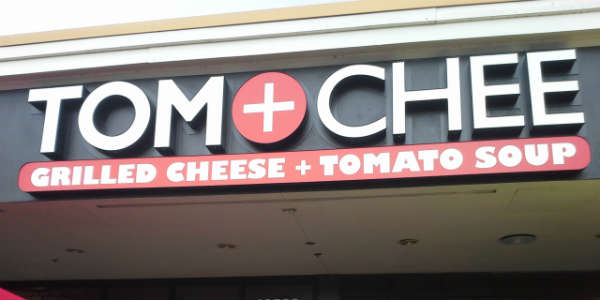 Tom+Chee Lake Buena Vista