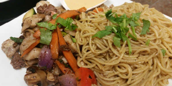 House of Pho Opens in Orlando - Stir Fried Egg Noodle