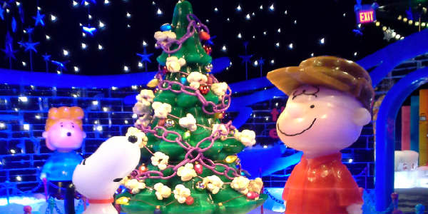 ICE! at Gaylord Palms features A Charlie Brown Christmas for 2016
