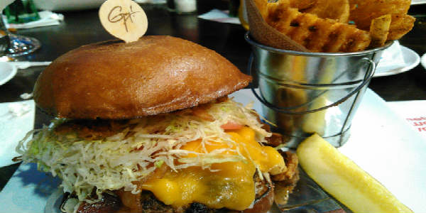 Planet Hollywood Observatory at Disney Springs - Bacon Mac-N-Cheese Burger