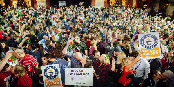 "Gaylord Palms Resort Makes ""Kiss-Story"" By Breaking GUINNESS WORLD RECORDS Title"