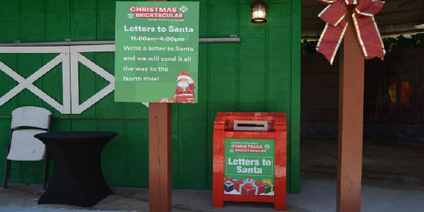 Christmas Bricktacular Returns to LEGOland Florida. Photo by Kirk Garreans for CitySurfing Orlando.