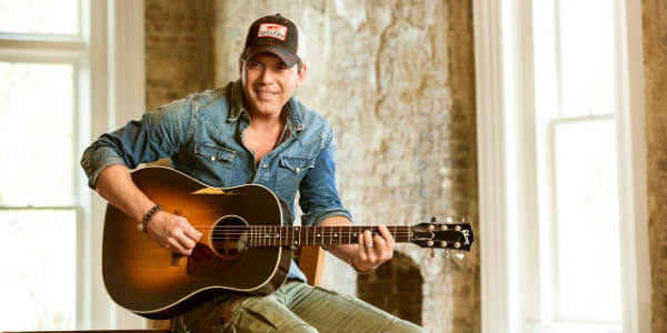 Rodney Atkins will headline the Sonny's BBQ Smokin Showdown on Mar 3 in Orlando.