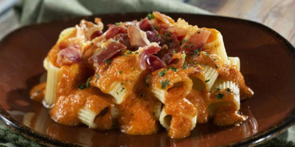 2018 Epcot International Food & Wine Festival - Mezzi Rigatoni