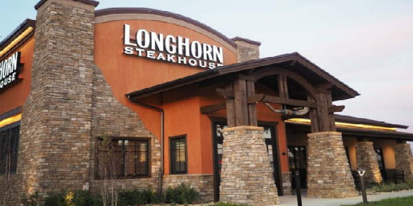 LongHorn Steakhouse has opened its newest location on E. Colonial in front of the Orlando Fashion Square Mall