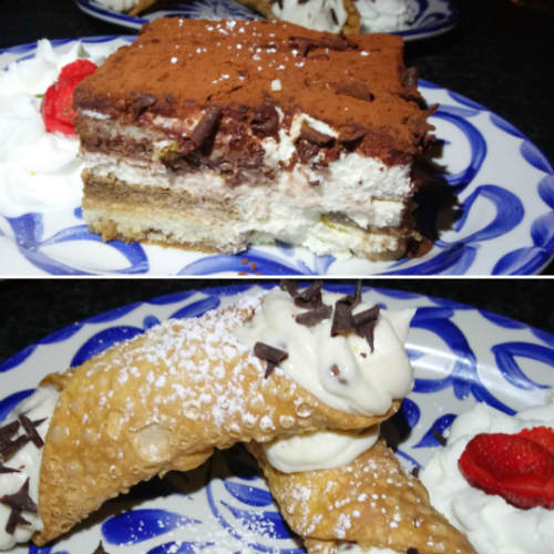 Mia's Italian Kitchen Orlando - Tiramisu and Cannoli