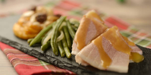 Epcot International Festival of the Holidays - Hand-carved Smoked Ham with Green Beans and Sweet Potato Casserole