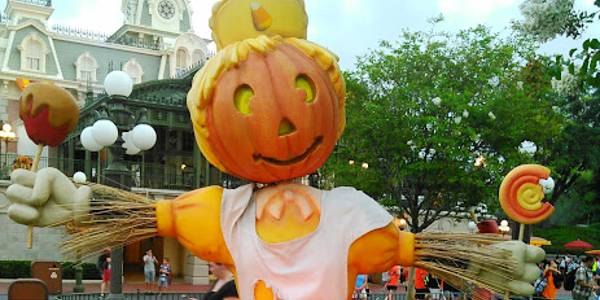 Walt Disney World Brings New Fall Fun to Magic Kingdom