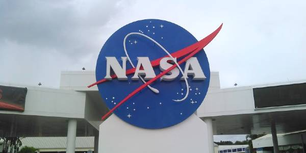 Kennedy Space Center Visitor's Complex - NASA sign