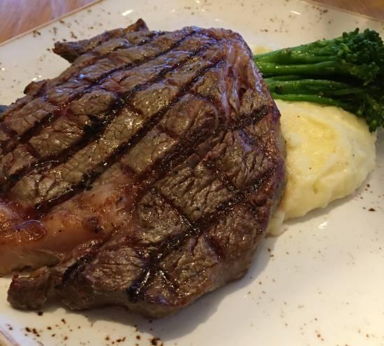 Amatista Cookhouse at Loew's Sapphire Falls Resort - steak
